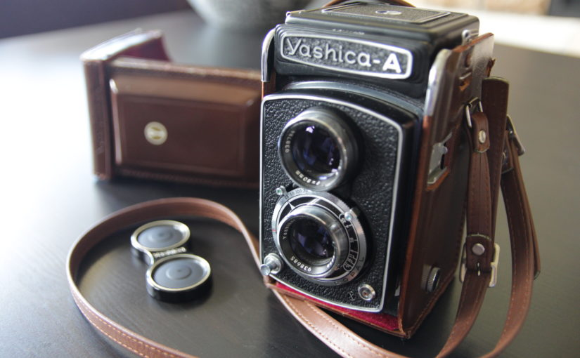 Review: Yashica-A TLR medium format film camera